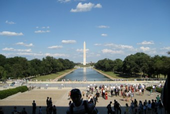 Le Washington Monument vu depuis le Lincoln Memorial