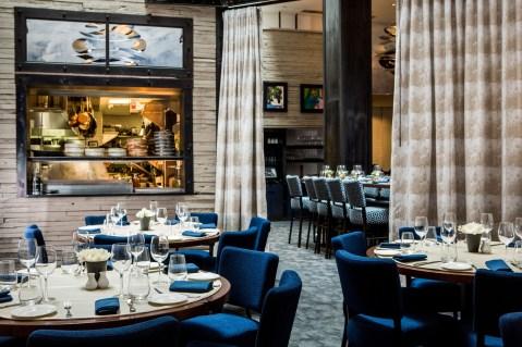 05-archer-hotel-new-york-charlie-palmer-steak-dining-room-3