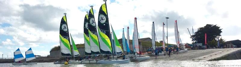 cale CNIA avec catamarans et opti