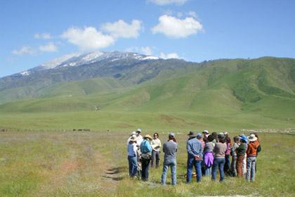 CNPS workshop participants listen to a local rancher
