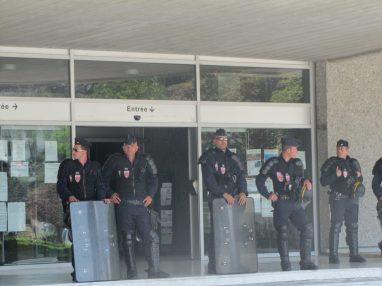 Rassemblement 6 juin 2015 de défense de l'inspection du travail de vant le tribunal d'Annecy