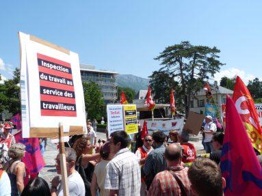 Inspection du travail au service des travailleurs -Rassemblement 6 juin 2015 de défense de l'inspection du travail devant le tribunal d'Annecy