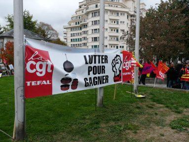 CGT TEFAL Rassemblement du 16 octobre 2015 à Annecy en soutien à l'inspectrice du travail Laura Pfeiffer et au lanceur d'alerte