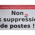 Manifestation contre les suppressions de postes et pour des primes égalitaires
