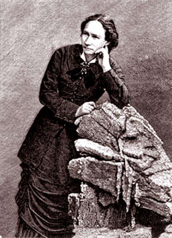 P 27 1 Louise Michel
