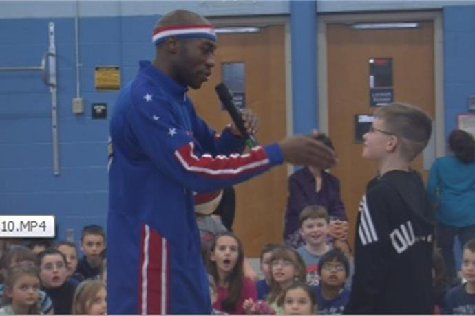 Harlem Globetrotter teaches life lessons at Deerfield Elementary _6198126843503790631