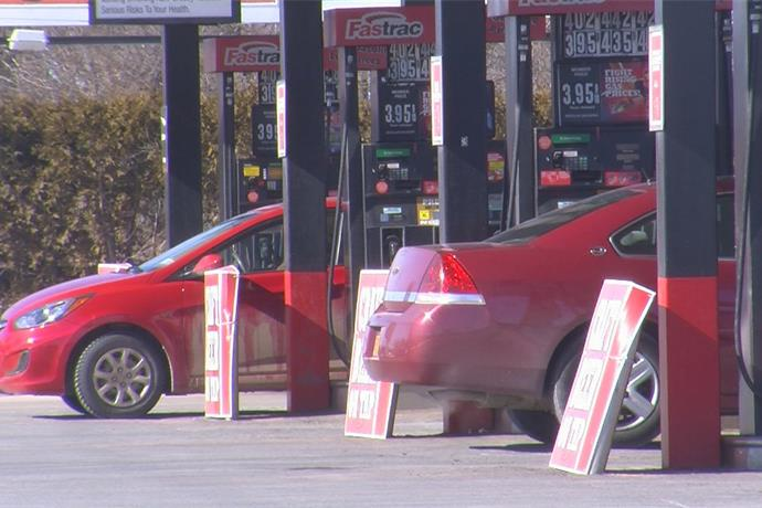 No break at the gas pump; Prices rising everyday_-7053386244570397211