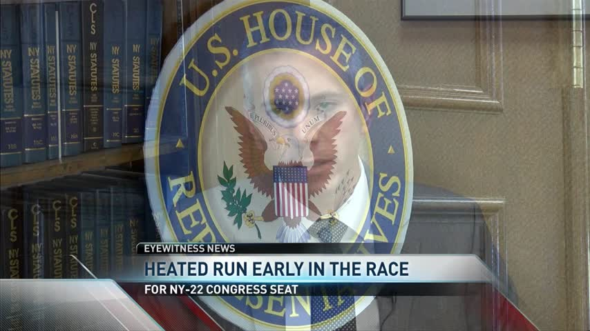Heated Run Early on in Race of NY-22_55014905