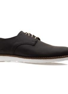 http://articulo.mercadolibre.com.ar/MLA-604793153-zapato-cuero-negro-con-cordones-_JM