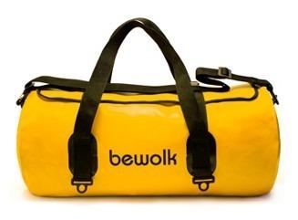 http://articulo.mercadolibre.com.ar/MLA-609814324-bolso-estanco-25-litros-bewolk-100-impermeable-_JM