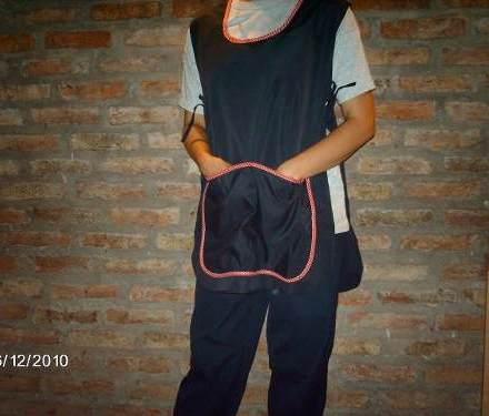 http://articulo.mercadolibre.com.ar/MLA-608215332-delantales-ponchos-excelente-calidad-fabrica-_JM