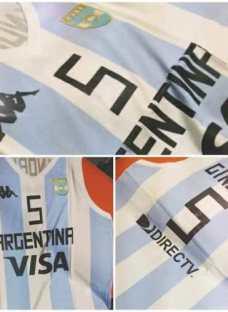 http://articulo.mercadolibre.com.ar/MLA-615008380-musculosa-algodon-seleccion-argentina-basquet-2014-kappa-_JM
