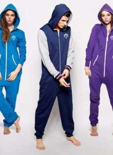 http://articulo.mercadolibre.com.ar/MLA-605049978-pijama-unisex-enteros-onesie-uno-_JM