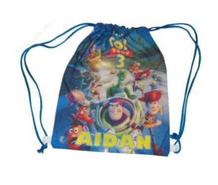 http://articulo.mercadolibre.com.ar/MLA-614463251-40-mochilas-personalizadas-para-souvenir-sublimadas-_JM