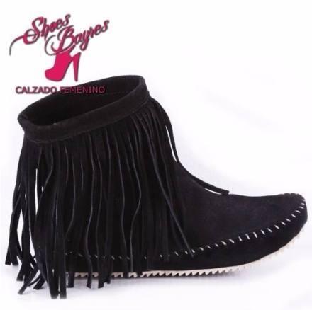 http://articulo.mercadolibre.com.ar/MLA-618131097-bota-botineta-cuero-con-flecos-modelo-zamba-de-shoes-bayres-_JM