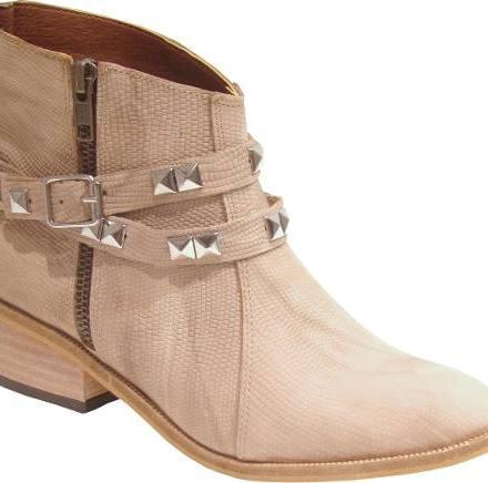 http://articulo.mercadolibre.com.ar/MLA-614608563-botas-de-cuero-con-cierre-otono-invierno-2016--_JM