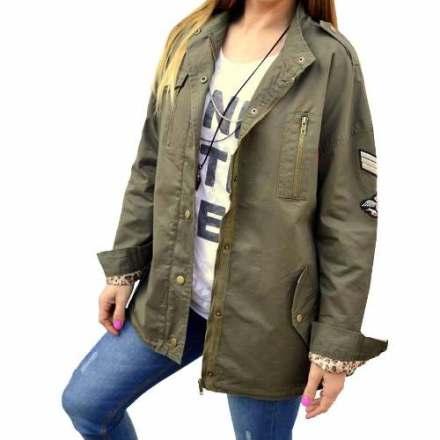 http://articulo.mercadolibre.com.ar/MLA-630169499-campera-parka-gabardina-militar-escudos-mujer-the-big-shop-_JM