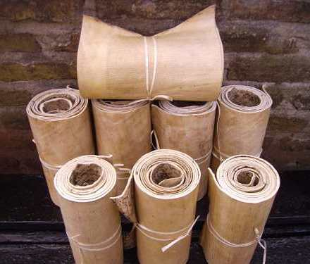 http://articulo.mercadolibre.com.ar/MLA-614394362-cuero-crudo-vaca-sobado-lonja-lomo-2-metros-x-25-cm-_JM