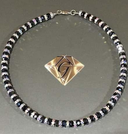 http://articulo.mercadolibre.com.ar/MLA-612940503-gargantilla-cristales-swarovski-cristals-oferta-_JM