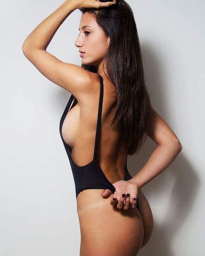 http://articulo.mercadolibre.com.ar/MLA-617560681-malla-enteriza-retrovintage-bikinis-body-_JM