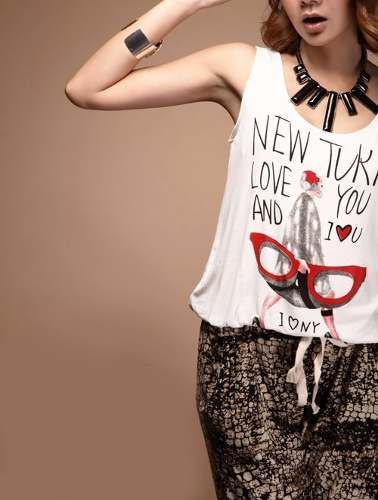 http://articulo.mercadolibre.com.ar/MLA-620750971-mono-enterito-mujer-importado-pantalon-remera-estampada-_JM