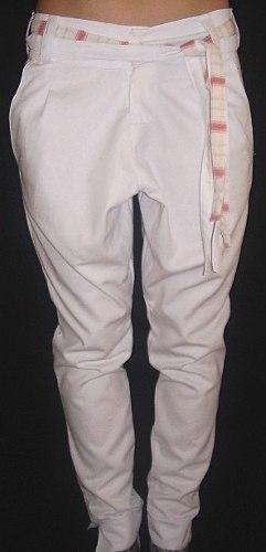 http://articulo.mercadolibre.com.ar/MLA-617535963-pantalon-babucha-de-gabardina-y-jean-con-cinto-emibur-_JM