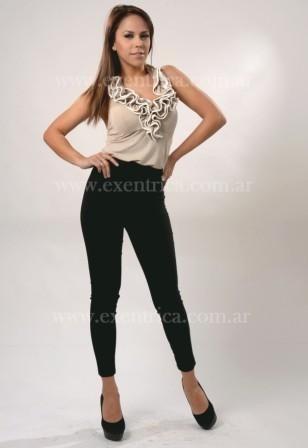 http://articulo.mercadolibre.com.ar/MLA-604537549-pantalon-calta-elastizado-spandex-linea-retro-del-12-y-3--_JM