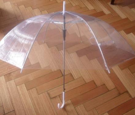 http://articulo.mercadolibre.com.ar/MLA-612930091-paraguas-automatico-resistente-y-elegante-grande-gabym-_JM