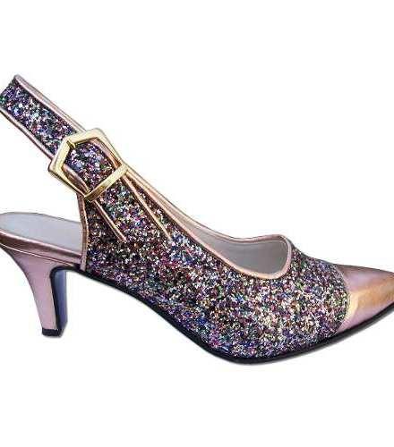 http://articulo.mercadolibre.com.ar/MLA-610369659-stilettos-sin-talon-en-numeros-grandes-envios-gratis-_JM