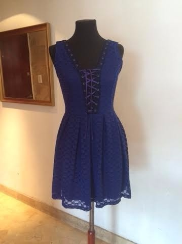 http://articulo.mercadolibre.com.ar/MLA-614606660-vestido-corto-escotado-super-original-vs-colores-_JM