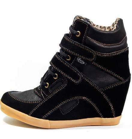 http://articulo.mercadolibre.com.ar/MLA-624198359-zapatillas-sneaker-cuero-vacuno-gamuza-taco-escondido-art620-_JM