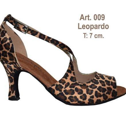 http://articulo.mercadolibre.com.ar/MLA-620705241-zapatos-de-baile-salsa-bachata-danza-latina-ballroom-_JM