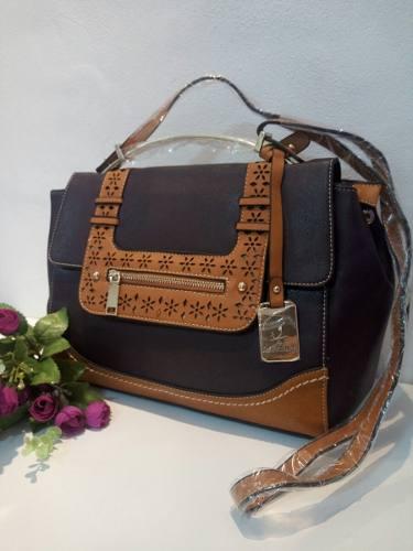 http://articulo.mercadolibre.com.ar/MLA-622453785-cartera-de-mujer-importada-modelo-a-eleccion-zona-ituzaingo-_JM