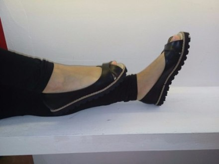 http://articulo.mercadolibre.com.ar/MLA-632268804-chatita-boquita-de-pez-zapato-dama-mujer-goma-eva-_JM