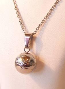 http://articulo.mercadolibre.com.ar/MLA-616520309-conjunto-acero-quirurgico-dije-pelota-futbol-cadena-_JM