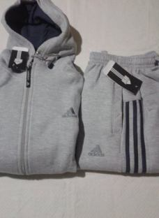 http://articulo.mercadolibre.com.ar/MLA-615969615-conjuntos-adidas-pantalon-mas-campera-c-capucha-_JM