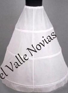 http://articulo.mercadolibre.com.ar/MLA-603641791-enaguas-para-vestido-de-15-o-n0vias-_JM