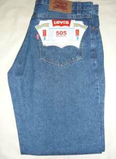 http://articulo.mercadolibre.com.ar/MLA-614392942-jeans-levis-505-strauss-co-clasico-recto--_JM