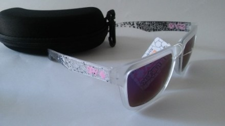 http://articulo.mercadolibre.com.ar/MLA-618689965-lentes-de-sol-spy-helm-ken-block-espejados-_JM