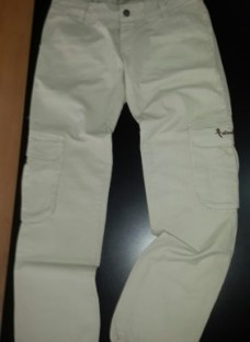 http://articulo.mercadolibre.com.ar/MLA-609868379-pantalon-cargo-dama-_JM