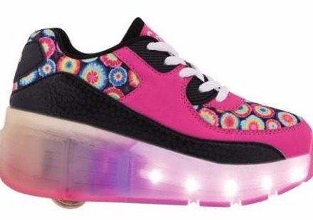 Zapatillas Con Rueda Peace And Love Led Footy Mundo Ukelele