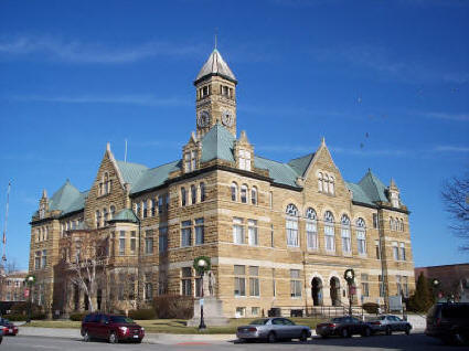 The Coles County Courthouse in Charleston, Illinois