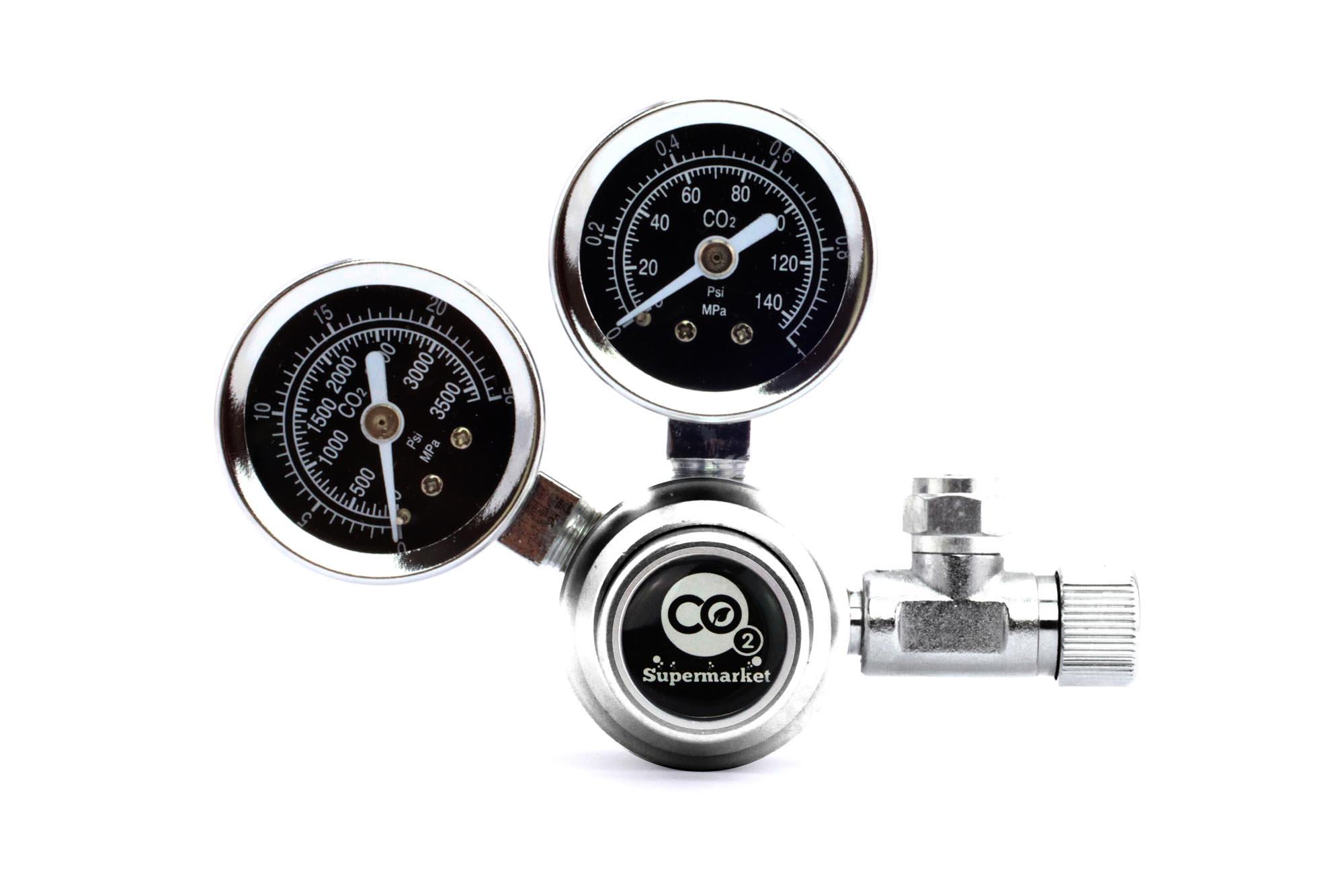 Co2 Regulator With Dual Pressure Gauges For Horizontal Cylinder Valves