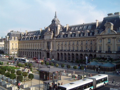 Bus rental in Rennes