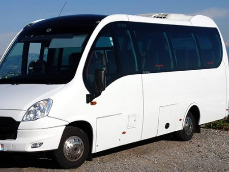 Bus rental in Angouleme