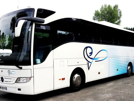 Bus rental in Le Puy en Velay