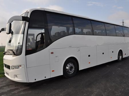 Coach with driver to hire in Tarbes