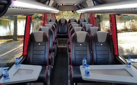 Hire a coach with driver in Valence
