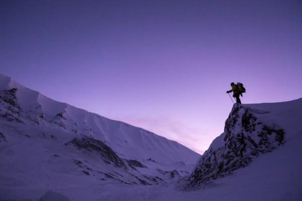 Afbeelding bergbeklimmer, invloed uitoefenen op je eigen leven, kom in je kracht, www.coachingmetsanne.com