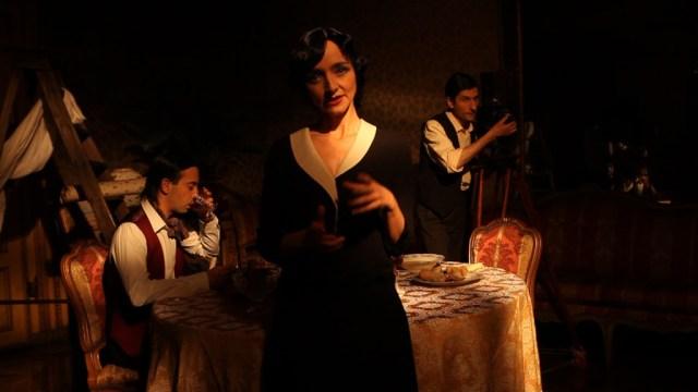 Maria de Medeiros (Elvira Notari) in REGISTE, regia di D. Dell'Erba